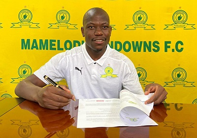 Kekana extends his stay at Downs